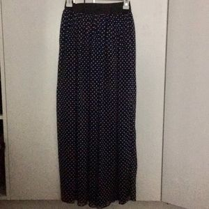 Forever 21 Navy & White Polka Dot Maxi Skirt 🌼
